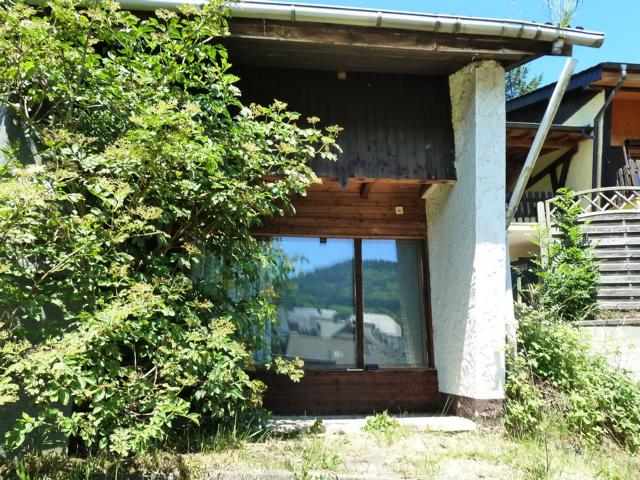Holiday Bungalow with Own land, close to the Nuerburgring